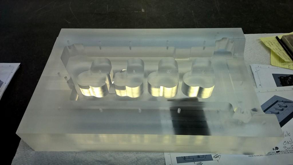Manifold Leak Testing Fixture