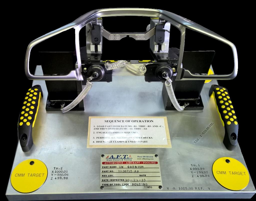 Steering Wheel Garnish Fixture